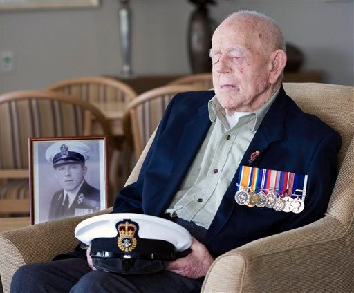 In this Sept. 11, 2009 photo supplied by the Royal Australian Navy, World War I Navy Veteran Claude Choules sits in the Gracewood Retirement Village lounge room in Salter Point, on the suburb of Perth, Western Australia.
