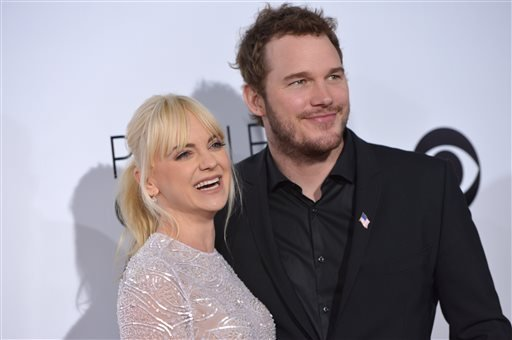 Anna Faris, left, and Chris Pratt arrive at the 40th annual People's Choice Awards at Nokia Theatre L.A. Live on Wednesday, Jan. 8, 2014, in Los Angeles.