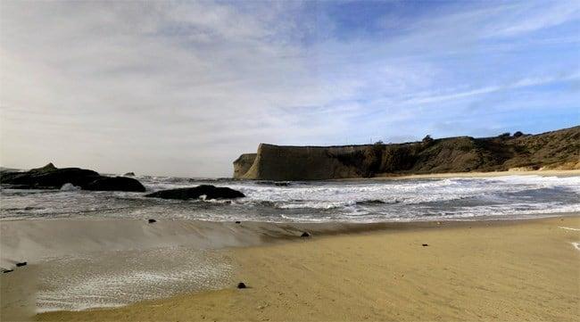 California court orders billionaire to reopen beloved beach
