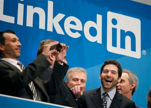 Jeff Weiner, second from right, LinkedIn's CEO, celebrates the company's listing, Thursday, May 19, 2011 at the New York Stock Exchange. (AP Photo/Mark Lennihan)