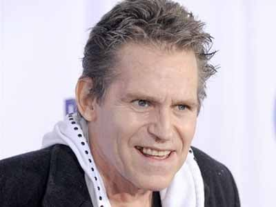 "In this Oct. 13, 2009 file photo, Jeff Conaway arrives at the 2009 Fox Reality Channel Really Awards in Los Angeles. Conaway, who starred in ""Taxi"" and played Danny Zuko's buddy Kenickie in 1978's ""Grease,"" has died at a Los Angeles area hospital."