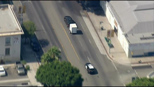 Suspects arrested after high-speed chase ends in Pasadena