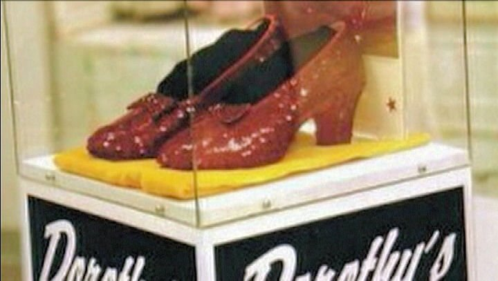 Ruby red slippers stolen in 2005