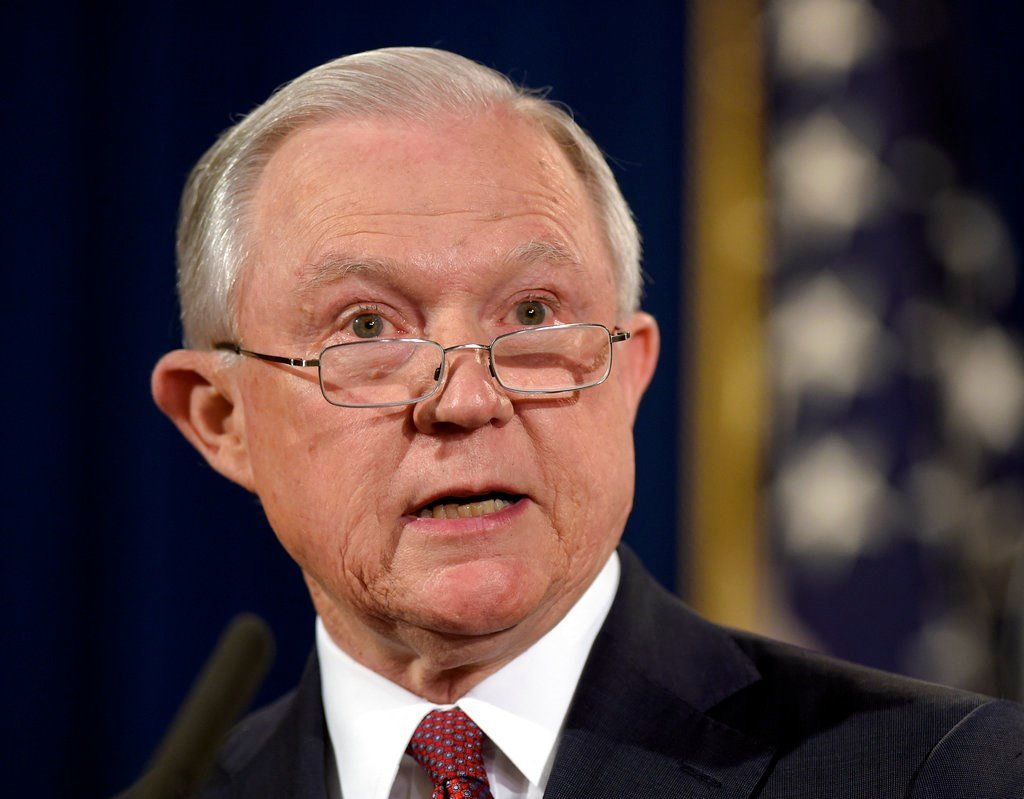 Civil rights law doesn't apply to transgender workers, says Justice Department memo