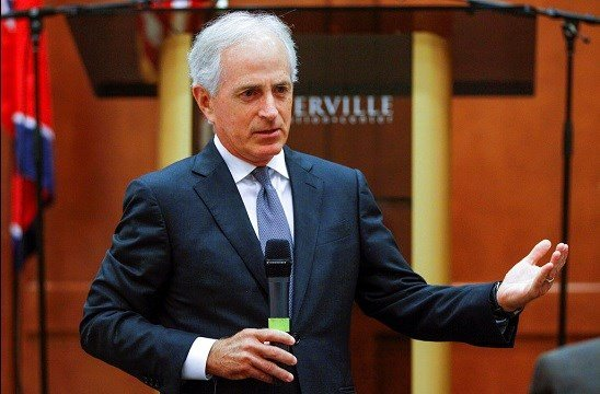 Sen. Bob Corker, R-Tenn., speaks to the Sevier County Chamber of Commerce in Sevierville, Tenn.