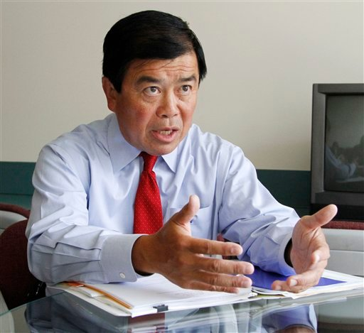 """In this Aug. 17, 2010 file photo, Congressman David Wu, D-Ore., speaks during an interview in Portland, Ore. Wu is calling a published report about an alleged unwanted sexual encounter with a young woman """"very serious."""" (AP)"""