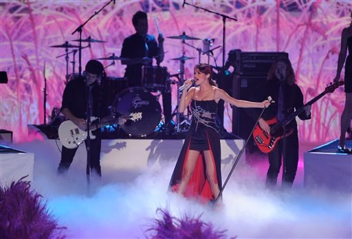 Selena Gomez performs at the Teen Choice Awards on Sunday, Aug. 7, 2011 in Universal City, Calif. (AP Photo/Chris Pizzello)