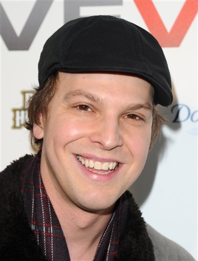 FILE - In this Dec. 8, 2009 file photo, singer Gavin DeGraw attends the launch party for Vevo, a premium music video and entertainment experience, created by Universal Music Group, Sony Music Entertainment and YouTube, in New York.