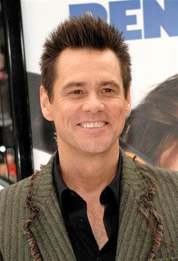 """FILE - In this June 12, 2011 file photo, actor Jim Carrey arrives at the premiere of the feature film """"Mr. Popper's Penguins"""" in Los Angeles."""