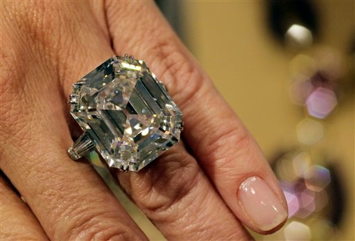 """""""The Elizabeth Taylor Diamond"""" from her estate, a 33.19 carat, D color, VS1 claity, a gift of Richard Burton, estimated at $2,500,000 - $3,500,000, is shown in this photograph at Christie's, in New York, Thursday, Sept. 1, 2001."""