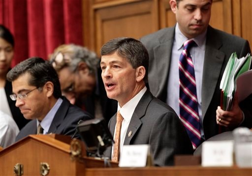 """Rep. Jeb Hensarling, R-Texas, center, joined by Rep. Xavier Becerra, D-Calif., left, opens the first meeting of the Joint Select Committee on Deficit Reduction, often called the """"supercommittee"""", on Capitol Hill in Washington, Thursday, Sept. 8, 2011."""