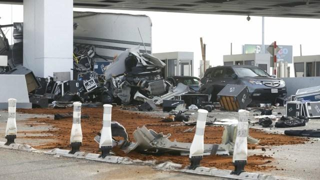 Crash kills toll worker on San Francisco-Oakland Bay Bridge
