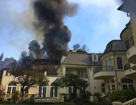 Skirball Fire: New blaze erupts in tony Bel Air area of Los Angeles