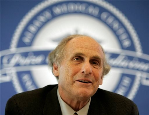 In this April 24, 2009 photo, Dr. Ralph Steinman of Rockefeller University speaks during a news conference in Albany, N.Y., Friday, April 24, 2009. (AP)