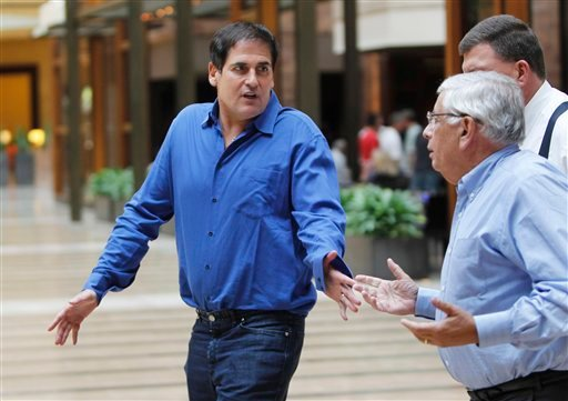 Dallas Mavericks owner Mark Cuban, left, and NBA Commissioner David Stern talk during a break at the NBA basketball owners meeting at a hotel in Dallas, Thursday, Sept. 15, 2011.