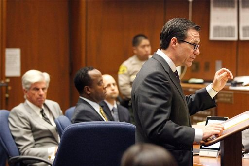 Defense attorney Ed Chernoff questions prosecution witness Sally Hirschberg (not pictured) during Dr. Conrad Murray's trial in the death of pop star Michael Jackson in Los Angeles, Wednesday, Oct. 5, 2011. (AP Photo/Mario Anzuoni, Pool)
