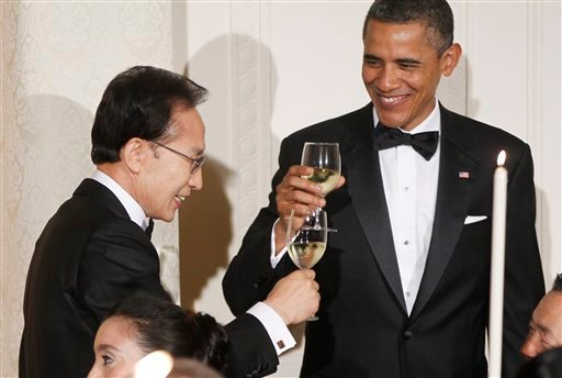 President Barack Obama offers a toast during a State Dinner with South Korean President Lee Myung-bak in the East Room at the White House in Washington, Thursday, Oct. 13, 2011. (AP Photo/Charles Dharapak)