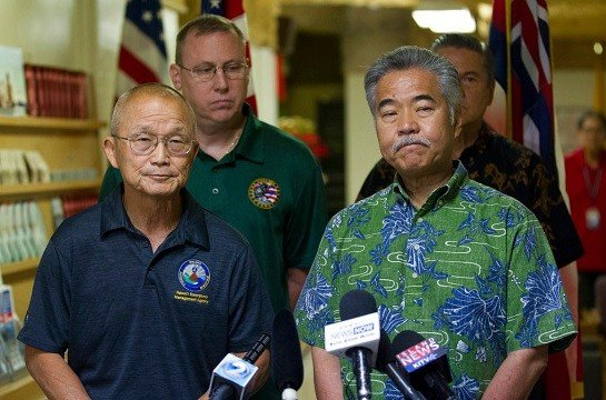 Vern Miyagi, Administrator, HEMA, left, and Hawaii Gov. David Ige addressed the media Saturday, Jan. 13, 2018.