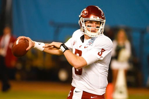 Washington State quarterback Tyler Hilinski (3) throws during the first half of the Holiday Bowl NCAA college football game against Michigan State Thursday, Dec. 28, 2017, in San Diego. (AP Photo/Denis Poroy)