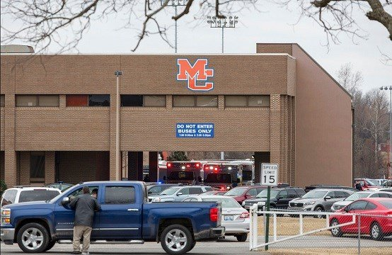 Emergency crews respond to Marshall County High School after a fatal school shooting Tuesday, Jan. 23, 2018, in Benton, Ky.