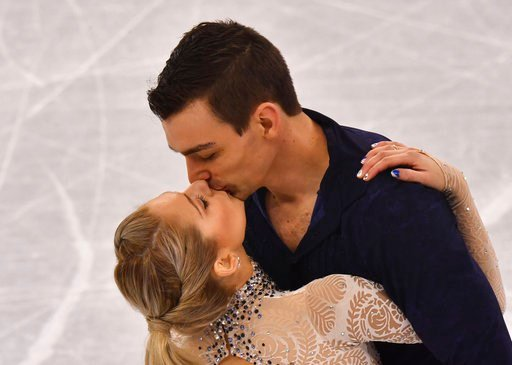 USA's Alexa Scimeca Knierim and Chris Knierim give a figure skating pair performance in the Gangneung Ice Arena at the Winter Olympics in Pyeongchang, South Korea, 9 February 2018. Photo by: Peter Kneffel/picture-alliance/dpa/AP Images