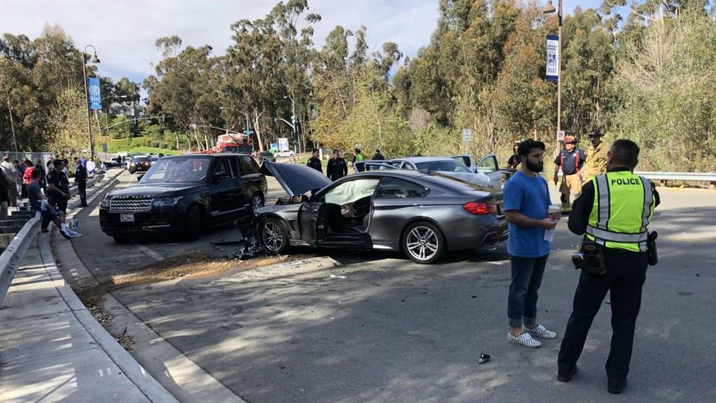 1 dead, several injured in Scripps Ranch head-on car crash
