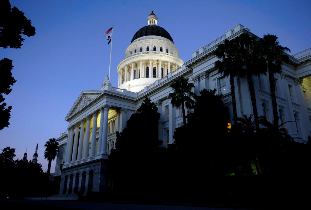 Resolution would expel California senator