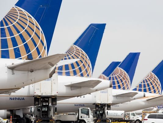 This file photo from May 7, 2017, shows United Airlines planes at Denver International Airport. (Photo: Jeremy Dwyer-Lindgren, special for USA TODAY)
