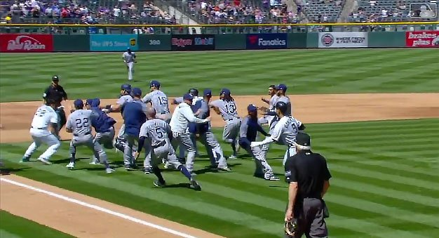 Padres, Rockies players go at it, 5 ejected