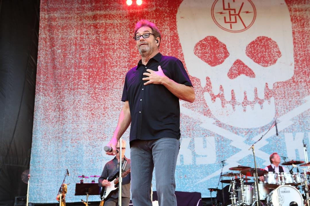 Huey Lewis, suffering hearing loss, cancels 2018 tour including May 26 show at Pala