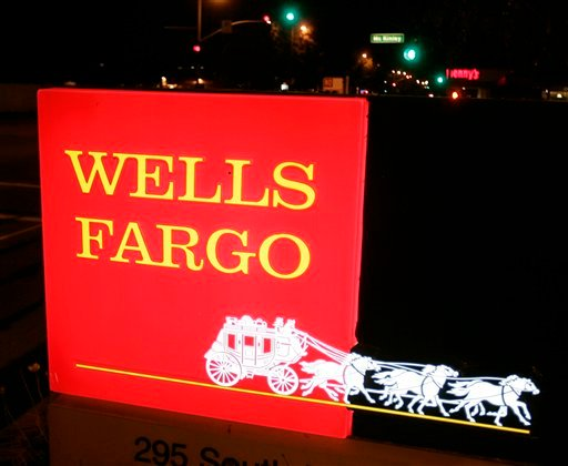 **FILE** In this April 16, 2007 file photo, exterior view of a Wells Fargo Bank in Sunnyvale, Calif. Federal antitrust regulators on Friday, Oct. 10, 2008, cleared Wells Fargo's $11.7 billion acquisition of Wachovia Corp., capping a weeklong battle for th