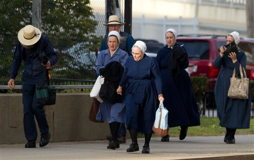 A group of Amish walk to the U.S. Federal Courthouse in Cleveland on Thursday, Sept. 20, 2012. A group of Amish walk to the U.S. Federal Courthouse in Cleveland on Thursday, Sept. 20, 2012. (AP)