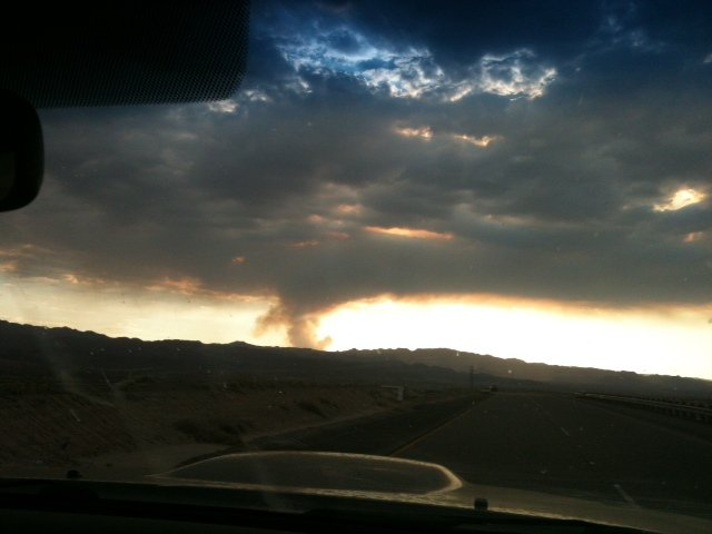  Shockey Fire from Ocotillo heading West on I-8. Photo submitted by Denise.