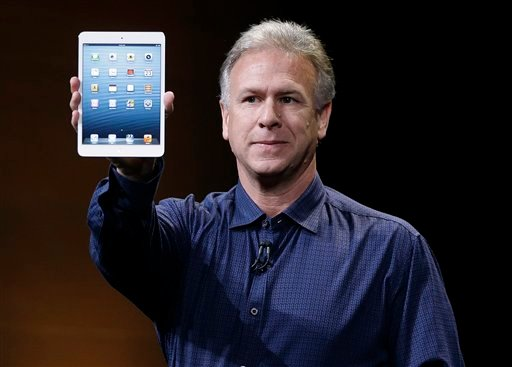 © Phil Schiller, Apple's senior vice president of worldwide product marketing, introduces the iPad Mini in San Jose, Calif., Tuesday, Oct. 23, 2012. (AP Photo/Marcio Jose Sanchez)