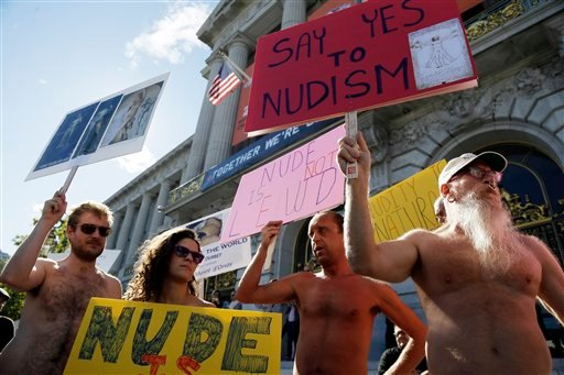 © Demonstrators gather at a protest against a proposed nudity ban outside of City Hall in San Francisco, Wednesday, Nov. 14, 2012.