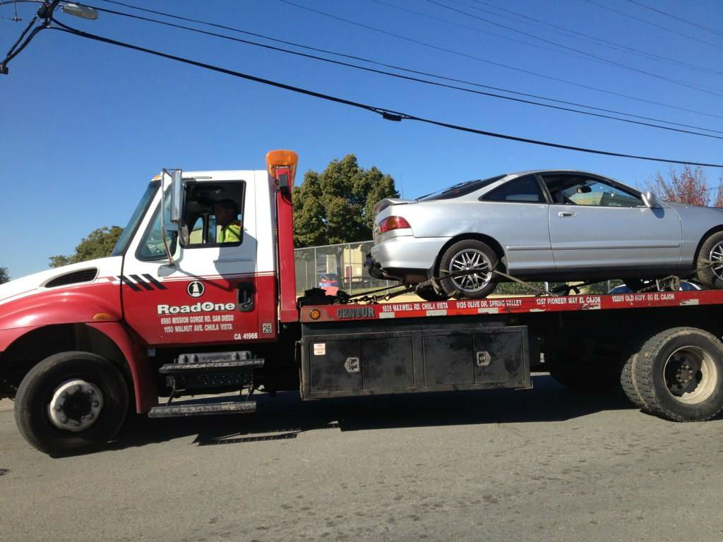 © Photo of suspected stolen vehicle, courtesy News 8 reporter Angie Lee.