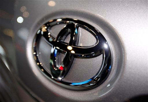 © This March 31, 2010 file photo shows the Toyota logo on a car at the New York International Auto Show in New York.