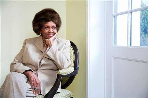 "This Jan. 22, 2013 photo shows American gospel singer and author Cissy Houston posing for a portrait in New York. Houston, mother of the late singer Whitney Houston, is releasing a book, ""Remembering Whitney,"" on Tuesday, Jan. 29. (AP)"