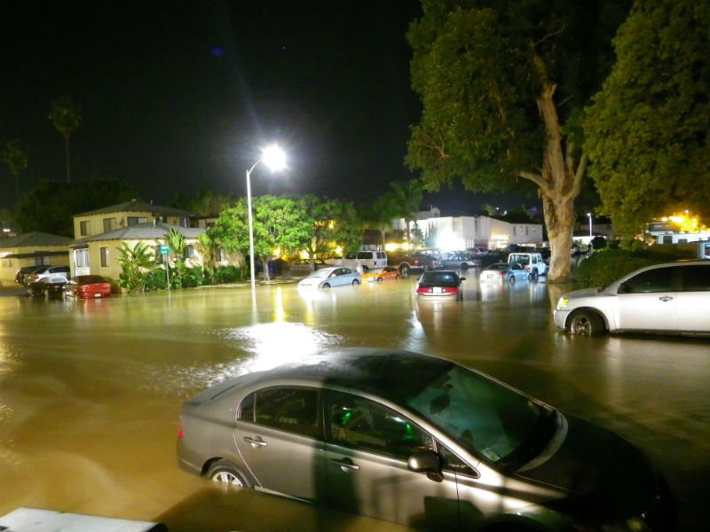 © Flooding around 2 a.m. Sunday near Nimitz blvd and Shafter St in Point Loma. Photo submitted by News 8 viewer Victoria.