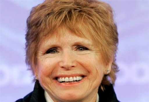 "FILE - In this Feb. 26, 2008 file photo, Bonnie Franklin, of the 1970's sitcom ""One Day at a Time, "" appears with the reunited cast on the the NBC ""Today"" television program in New York. (AP)"