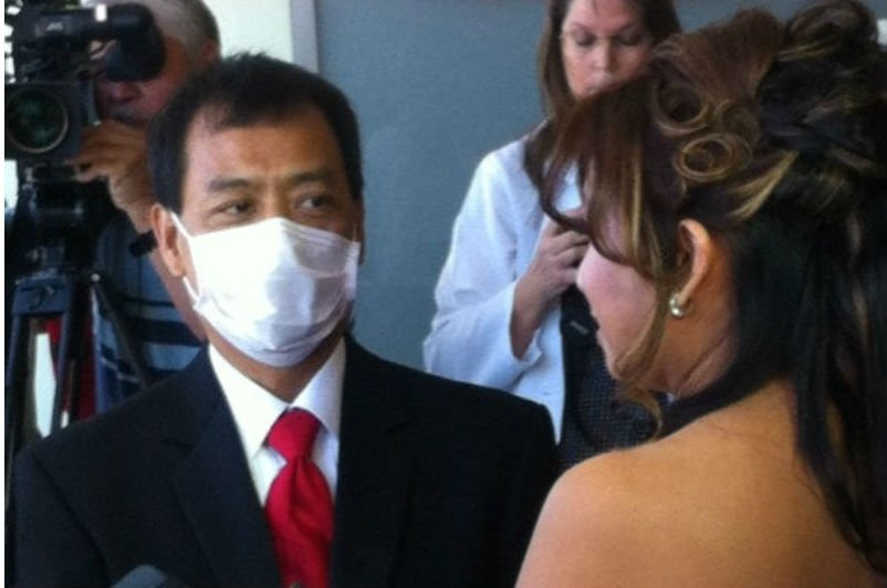 © Wedding at Sharp Memorial Hospital, 10 days after groom receives heart transplant. Photo credit: News 8's Alicia Summers.