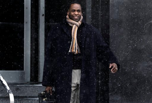 © In this Jan. 25, 2013 file photo, former Detroit Mayor Kwame Kilpatrick leaves federal court in Detroit. A court spokesman says Monday, March 11, 2013, that jurors have reached a verdict in Kilpatrick's corruption trial.