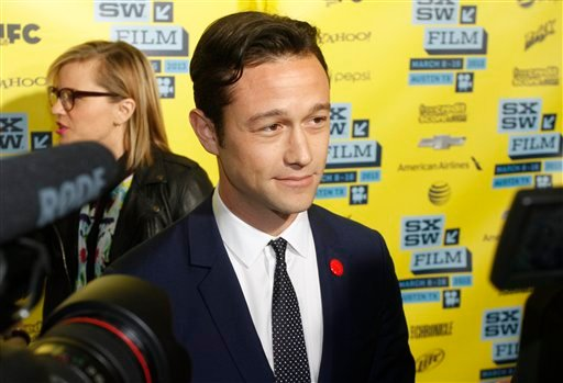 """© Joseph Gordon-Levitt arrives at a screening of """"Don Jon's Addiction at the SXSW Film Festival, on Monday, March 11, 2013 in Austin, Texas. (Photo by Jack Plunkett/Invision/AP Images)"""