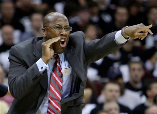 May 3, 2010 file photo, Cleveland Cavaliers coach Mike Brown screams at his team in the third quarter of Game 2 against the Boston Celtics in the second round of an NBA basketball playoff series in Cleveland.(AP Photo/Mark Duncan, File)