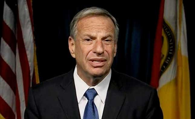 Mayor Bob Filner said he failed to respect women who work for him and he intimidated them at times.