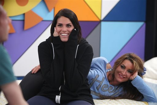 "This photo released by CBS shows houseguest Amanda Zuckerman, left, the 28-year-old real estate agent in Boynton Beach, Fla., on ""Big Brother."" (AP)"