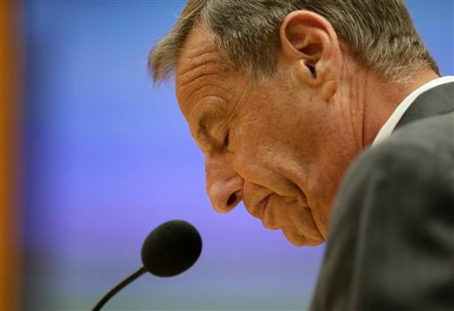 In this Friday, Aug. 23, 2013 file photo, San Diego Mayor Bob Filner speaks after agreeing to resign at a city council meeting in San Diego.