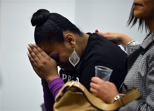 Nailah Winkfield, mother of Jahi McMath, attends a court hearing to discuss the treatment of her daughter in Oakland, Calif., on Monday, Dec. 23, 2013. (AP)