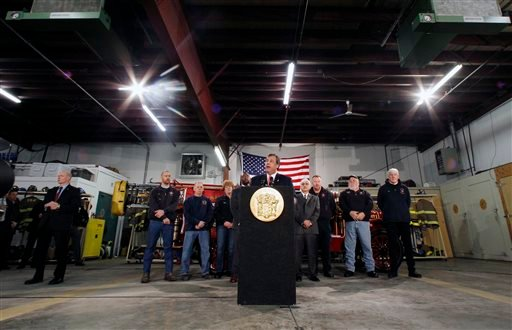 New Jersey Gov. Chris Christie addresses a gathering of home owners Thursday, Jan. 16, 2014, in Manahawkin, N.J., who were affected by last year's Superstorm Sandy. (AP)
