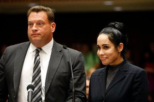 Nadya Suleman, right, appeares in a Los Angeles Superior courtroom with her attorney Arthur J. La Cilento Friday, Jan. 17, 2014. (AP)